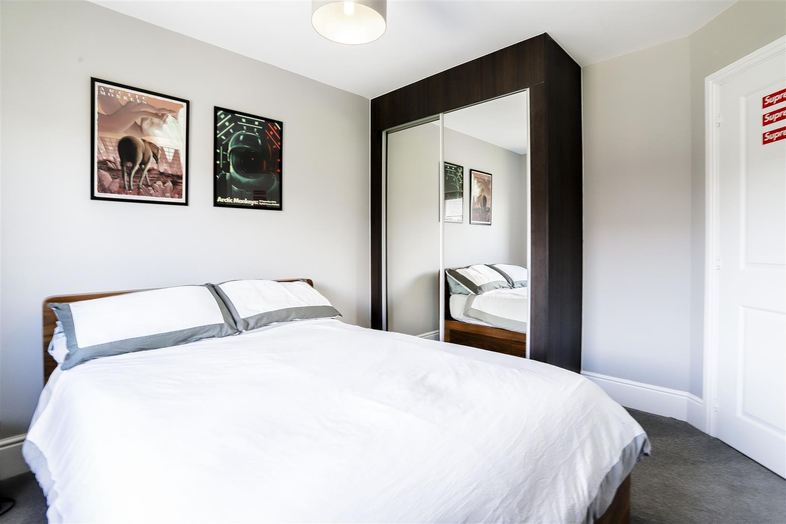 4 Bedroom Detached House For Sale - 36.jpg
